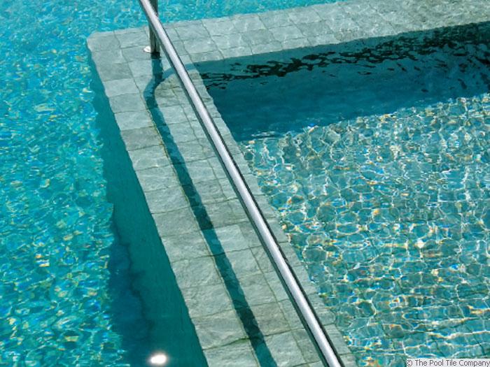 Sukabumi 97mm Ceramic Mosaic Pool Tiles Cm550