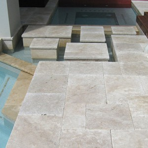 Linen Travertine Spa and Pool Coping