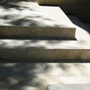 Macadamia Travertine honed filled Staircase