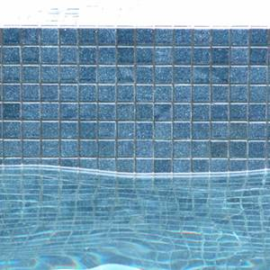 GC100 Charcoal glass 20mm mosaic pool tiles in place