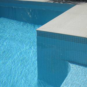 Fully tiled pool with GC155 Pale Blue glass mosaic tiles