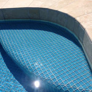 ... GCR210 Sky Blue 23mm Crystal Glass Mosaic Pool Tiles In Place ...