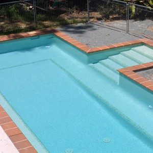 Fully tiled pool with GC144 Light Green Pearl
